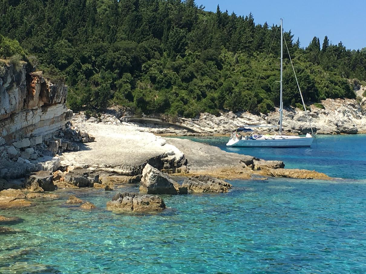 Grecia in barca a vela a giugno